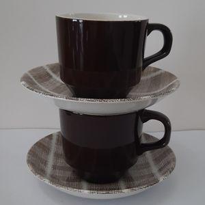 Rare New Zealand Tres Bon Cups&Saucers